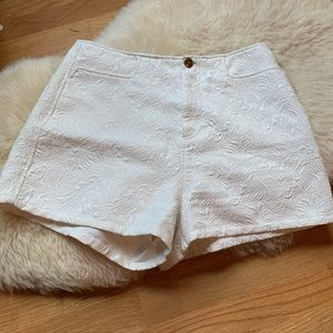 Urban Outfitters💕Brocade Embroidered White Shorts